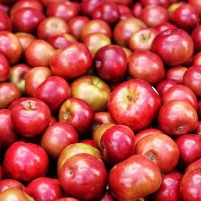 How Do Artificial Flavours Affect Apples? - Chromatography Investigates